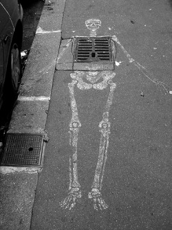 Street Art Skeleton